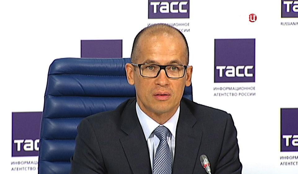 Секретарь Общественной палаты России, сопредседатель Центрального Штаба ОНФ Александр Бречалов