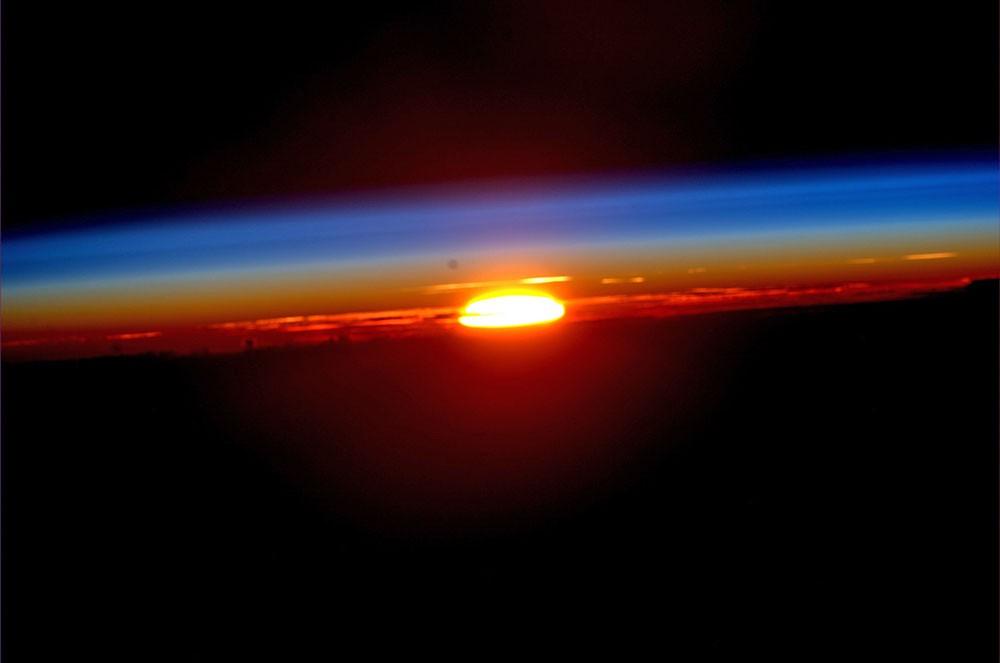 Закат солнца с борта МКС