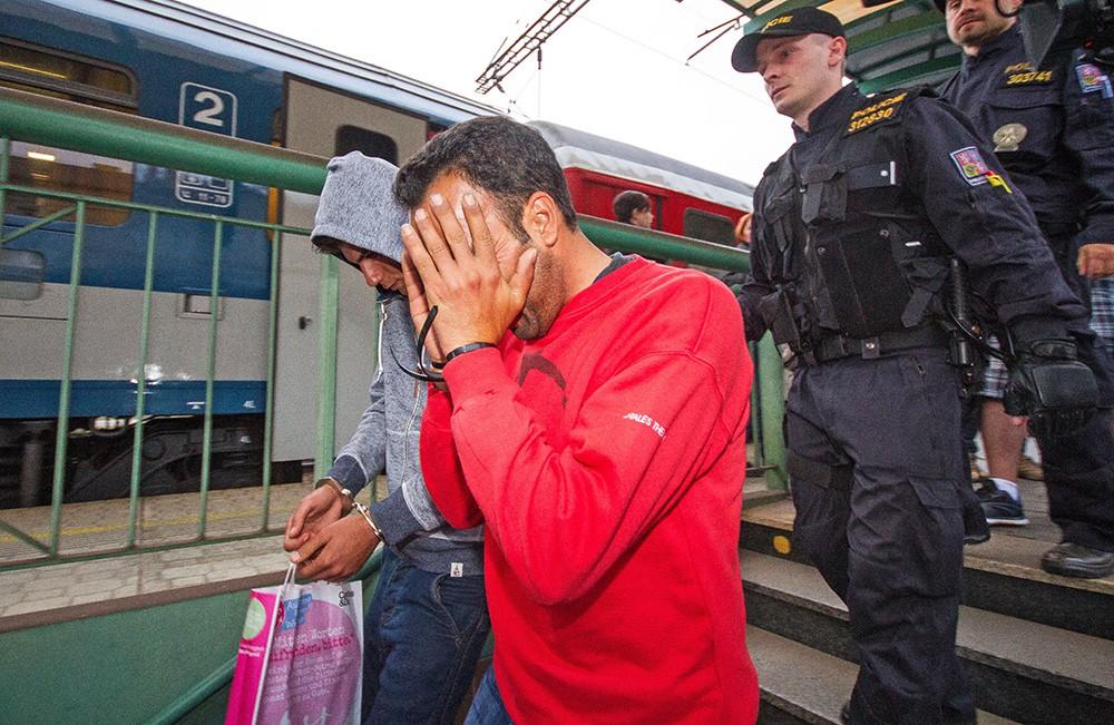 Нелегальные мигранты в Европе