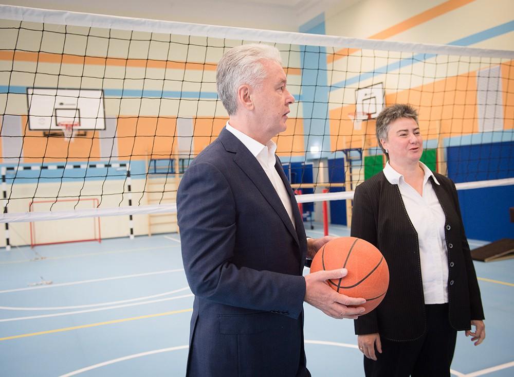 Сергей Собянин осмотрел новое здание школы