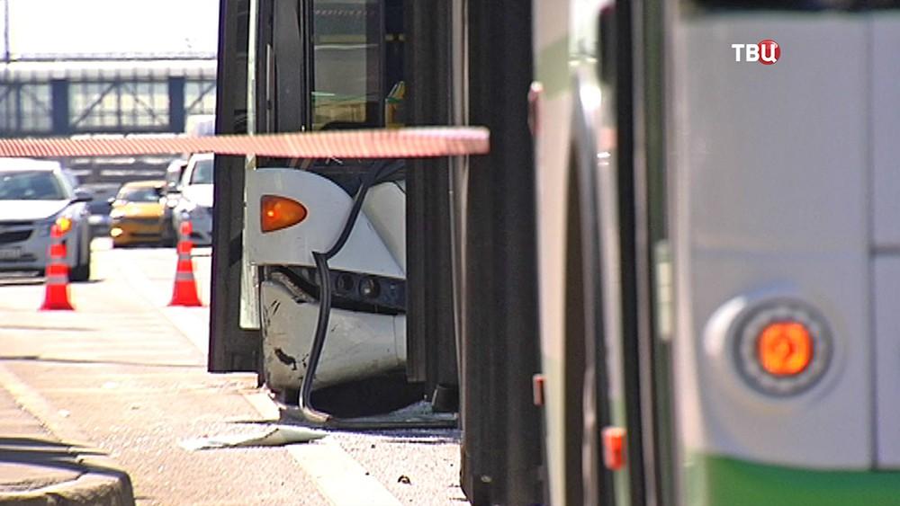 Последствия ДТП с участием двух автобусов
