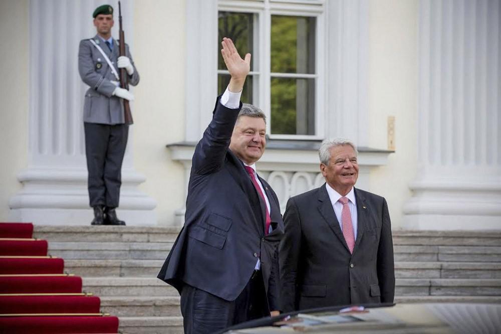 Президент Украины Пётр Порошенко и президент Германии Йоахим Гаук