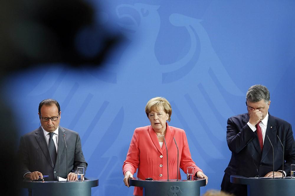 Франсуа Олланд, Ангела Меркель и Пётр Порошенко
