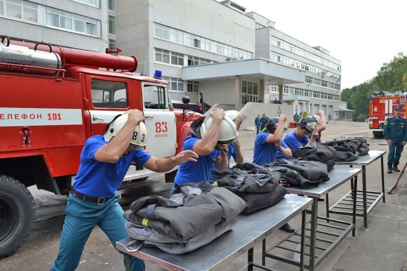 Чемпионат по боевому развертыванию среди пожарных