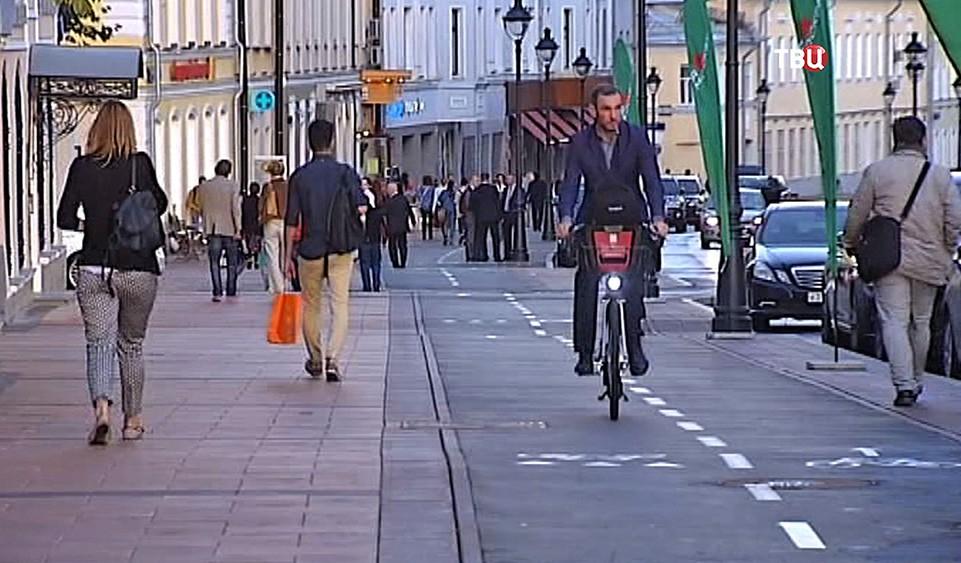Большая Никитская улица после реконструкции