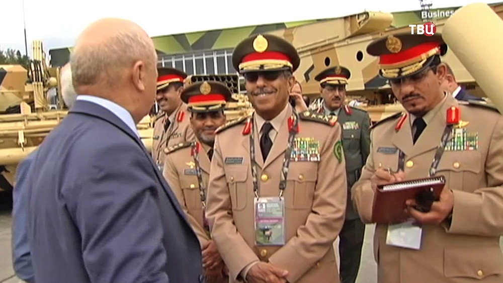 Иностранные военные на выставке в Нижнем Тагиле