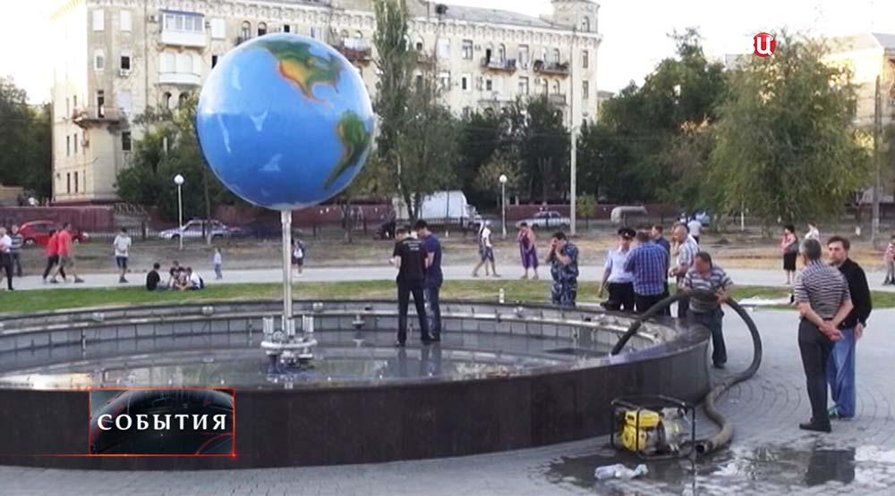 """Фонтан """"Земной шар"""" в Волгограде"""