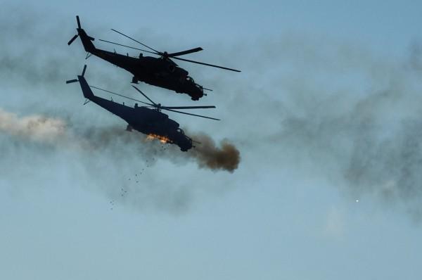 Вертолеты Ми-24 во время атаки