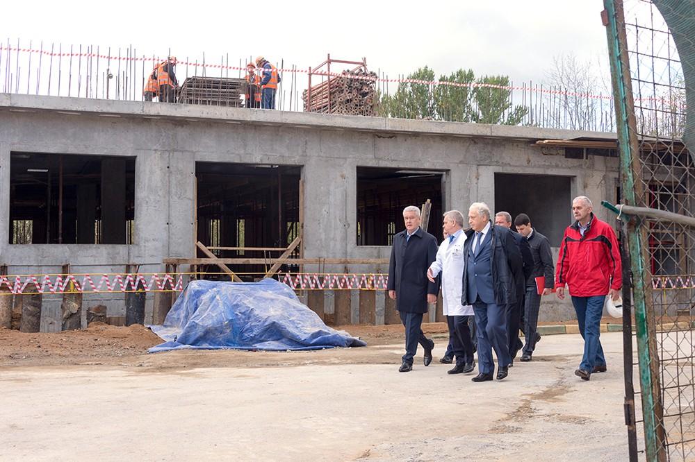 Сергей Собянин проинспектировал строительство Перинатального центра