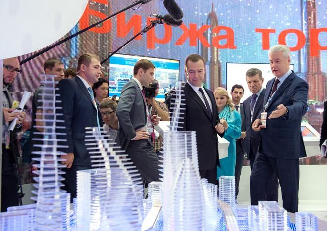 Дмитрий Медведев и Сергей Собянин на международном инвестиционном форуме «Сочи-2015»