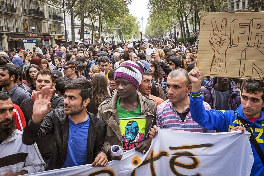 Митнг в поддержку мигрантов во Франции
