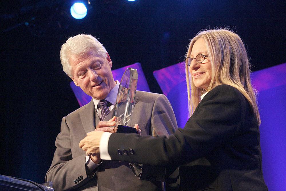 Билл Клинтон и Барбра Стрейзанд