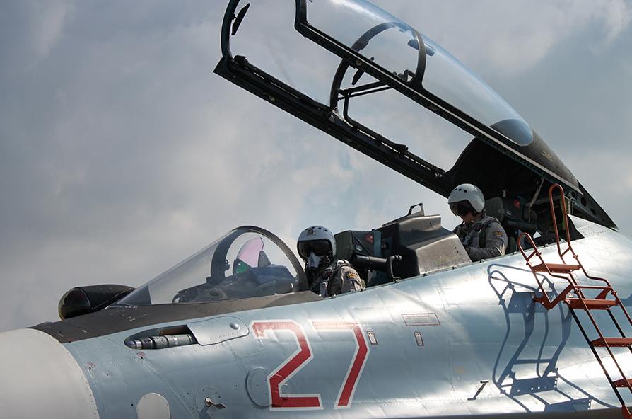 Истребитель Су-30СМ авиационной группировки ВКС России в Сирии