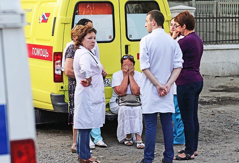 Сотрудники подстанции скорой помощи в Симферополе, где были расстреляны медики