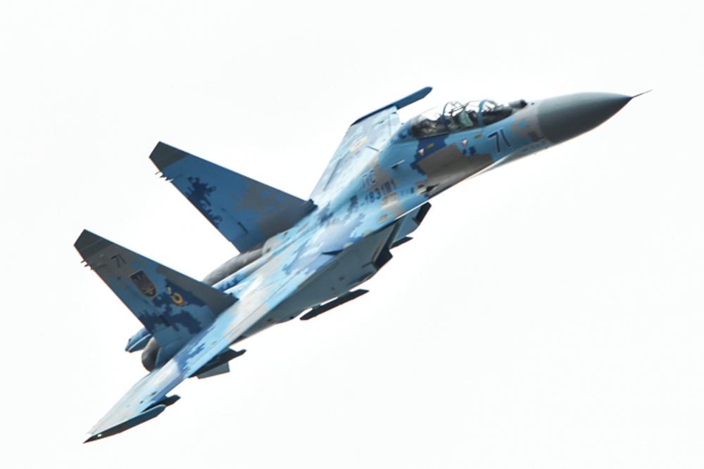 Модернизированный истребитель Су-27УБ ВВС Украины