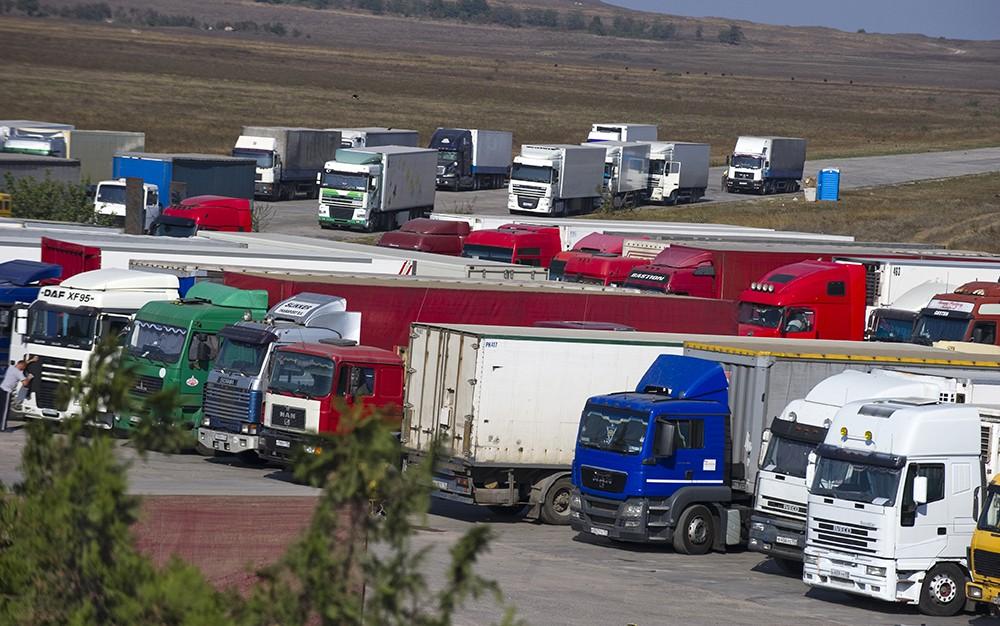Накопительная площадка грузового транспорта