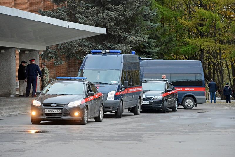 Машины СКР у здания городской администрации Красногорска