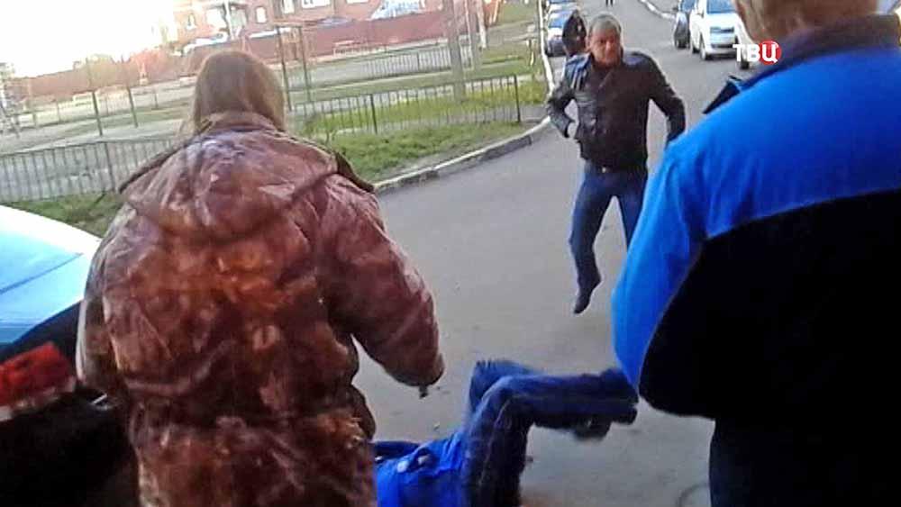 Драка между сотрудниками двух управляющих компаний в Щелкове