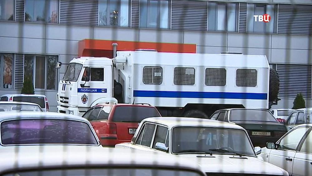 Полиция проводит обыски в компаниях инициатора блокады Крыма Ленура Ислямова