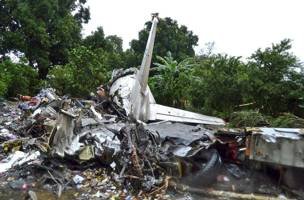 На месте авиакатастрофы самолёта Ан-12 в Южном Судане
