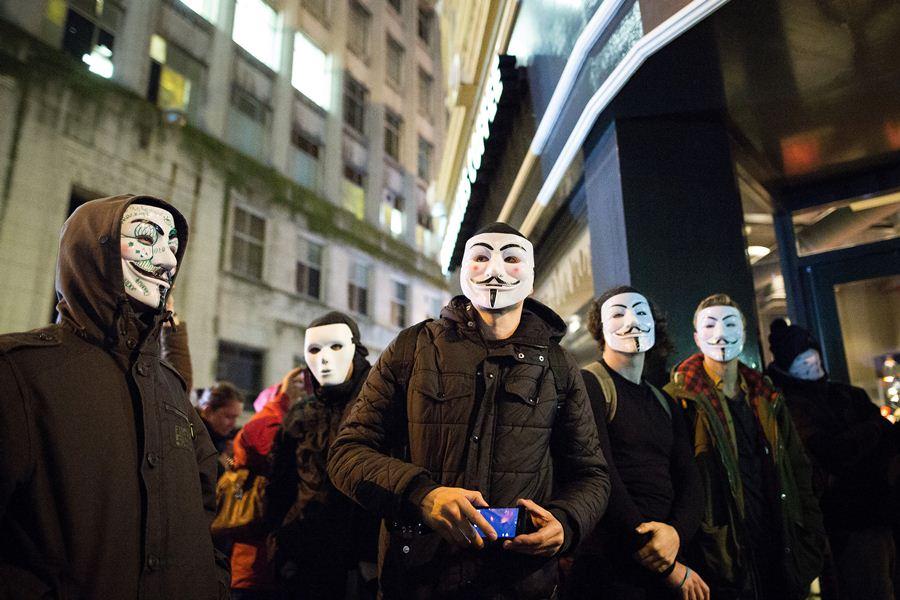 """Марш """"Миллиона масок"""" в Лондоне"""