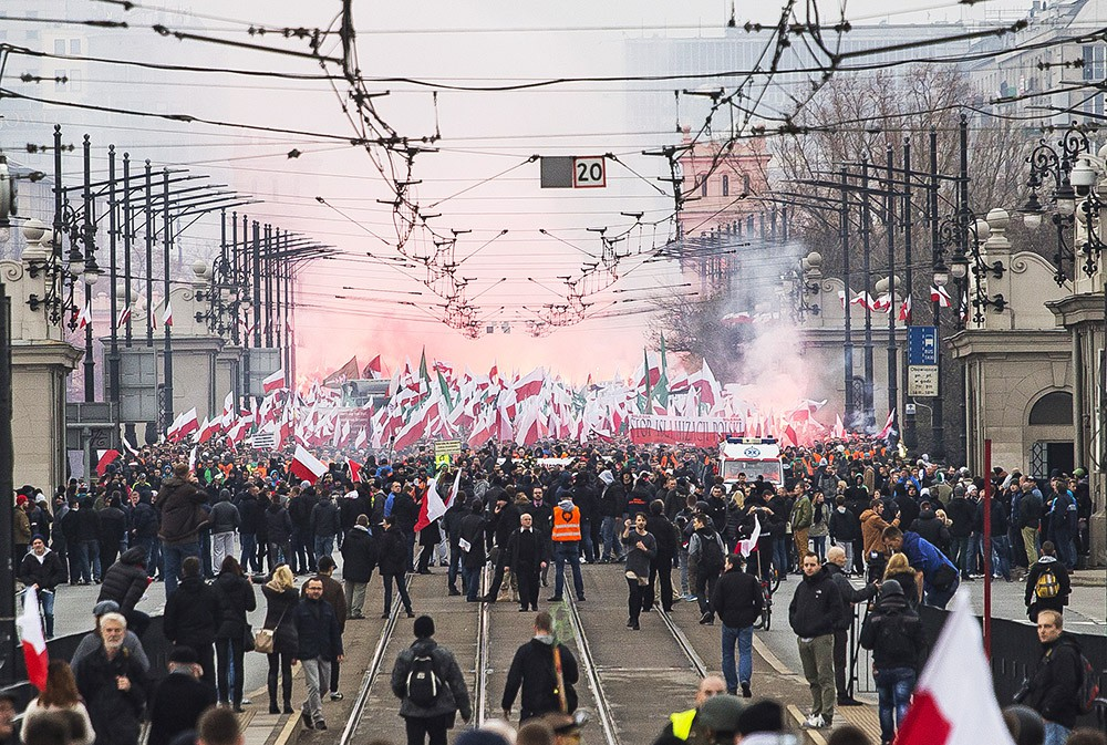 Шествие в День независимости Польши