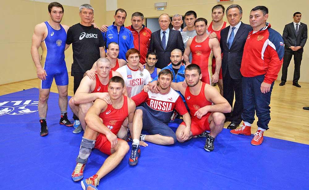 Президент России Владимир Путин встретился со спортсменами