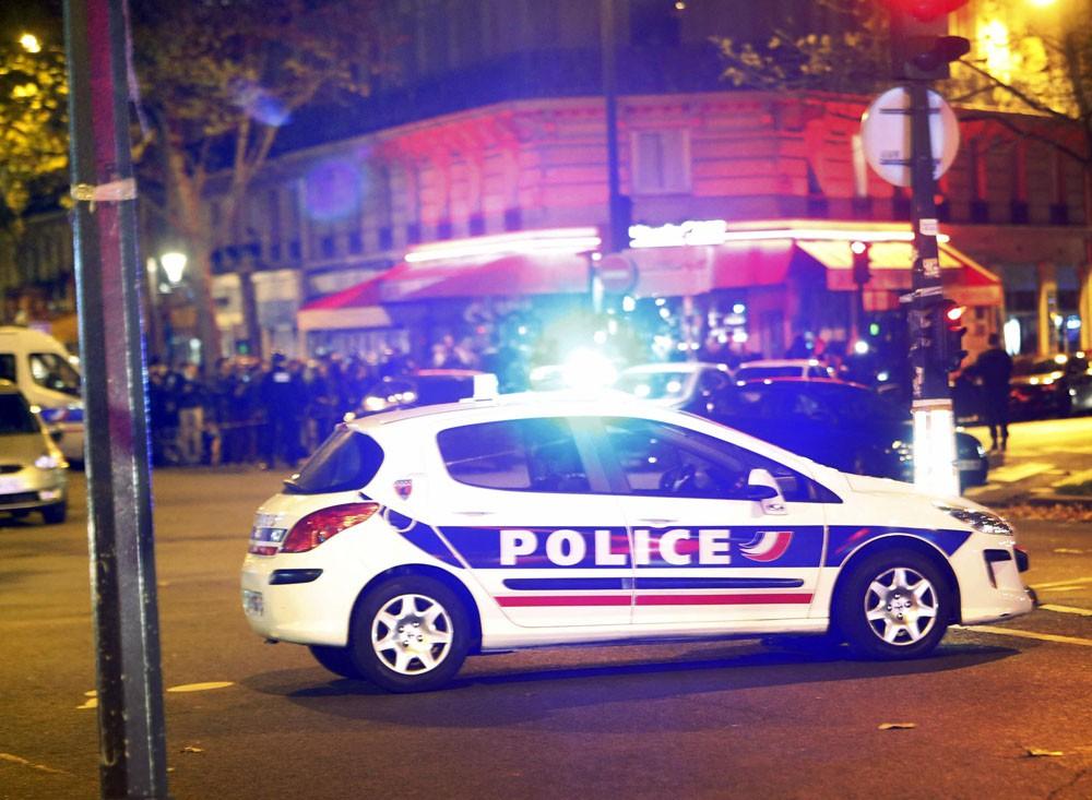 Полиция Франции на месте теракта в Париже