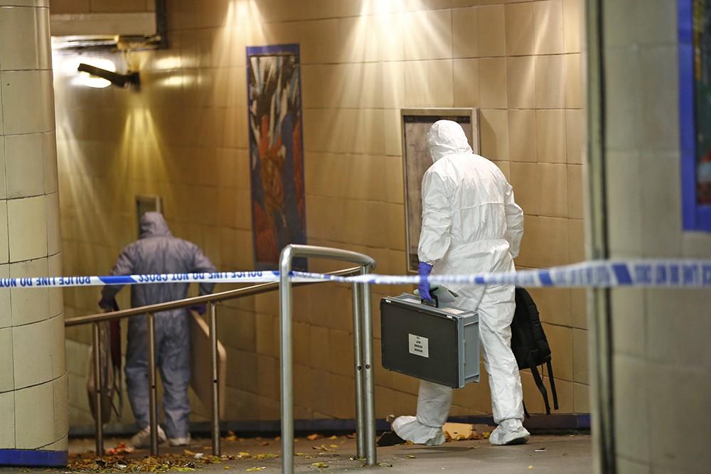 Следственные действия на месте теракта в лондонском метро
