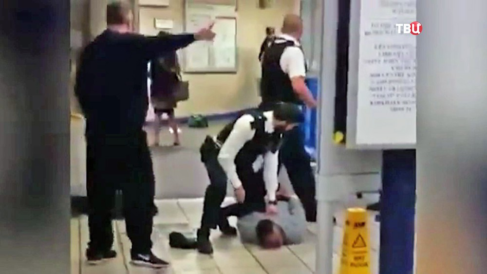 Задержание террориста в лондонском метро