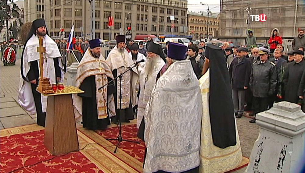 Молебен у часовни-памятника героям Плевны