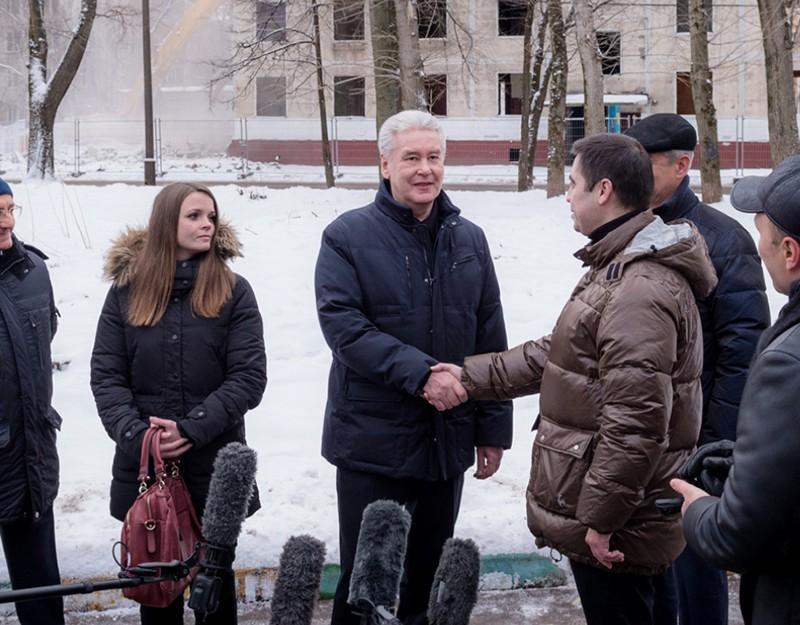 Сергей Собянин наблюдает за сносом зданий