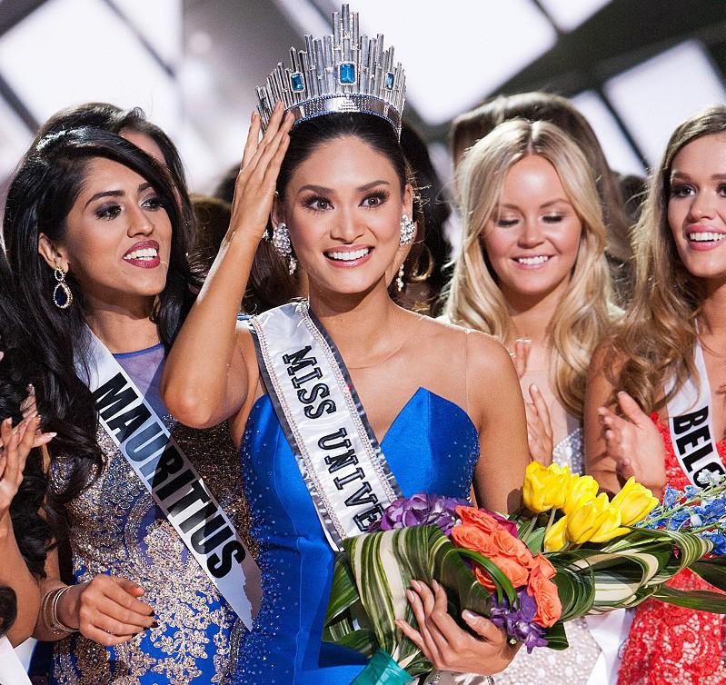 """Вручение короны """"Мисс Вселенная-2015"""""""