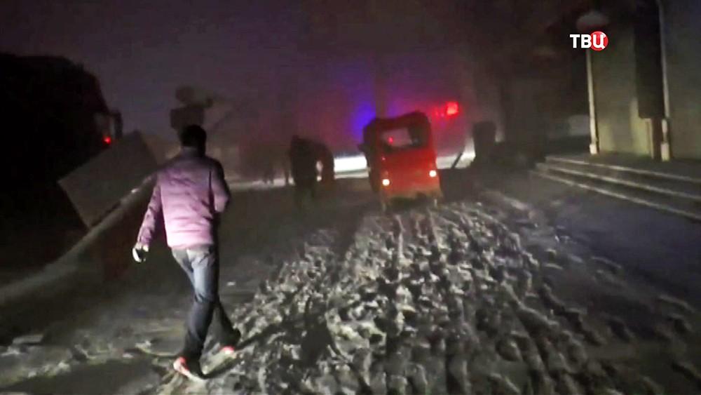 Последствия снегопада в Китае