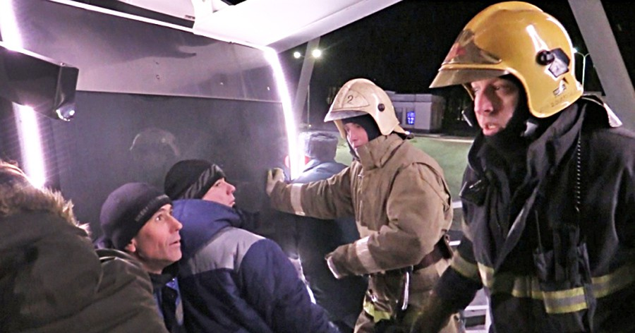 Эвакуации людей с застрявшего колеса обозрения во Владимире