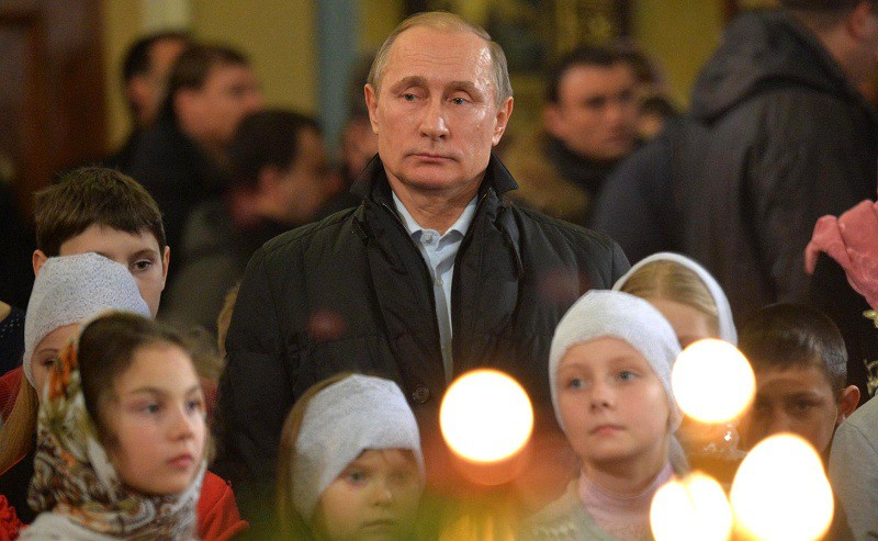 Владимир Путин в храме Покрова Пресвятой Богородицы