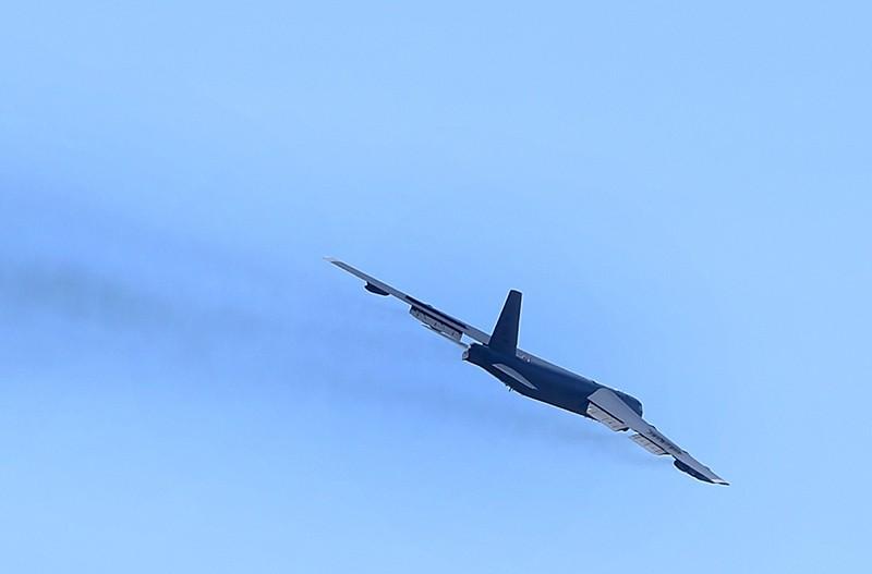 Стратегический бомбардировщик B-52 ВВС США