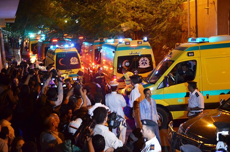 Скорая помощь и полиция Египта на месте взрыва
