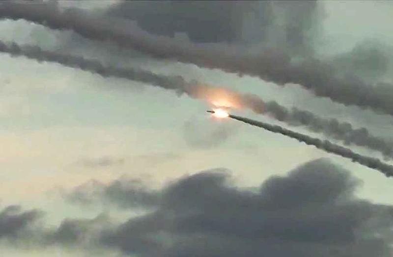 """Пуск крылатой ракеты """"Калибр"""""""