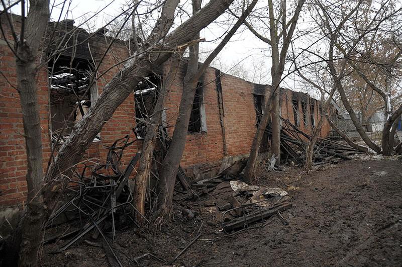 На месте пожара в психоневрологическом диспансере в селе Алферовка Новохоперского района Воронежской области