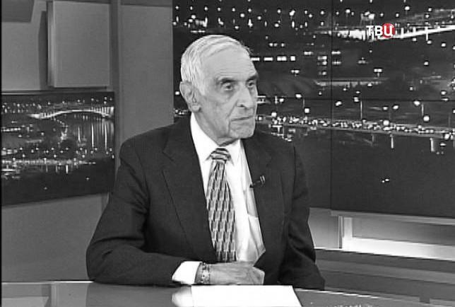 Политолог Георгий Мирский
