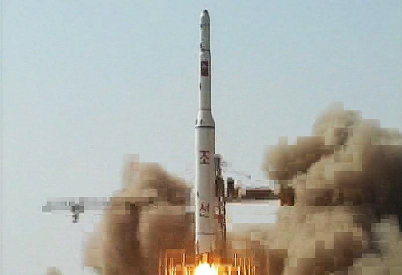 Запуск ракеты-носителя в КНДР