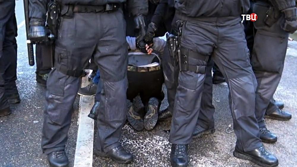 Европейская полиция проводит задержание