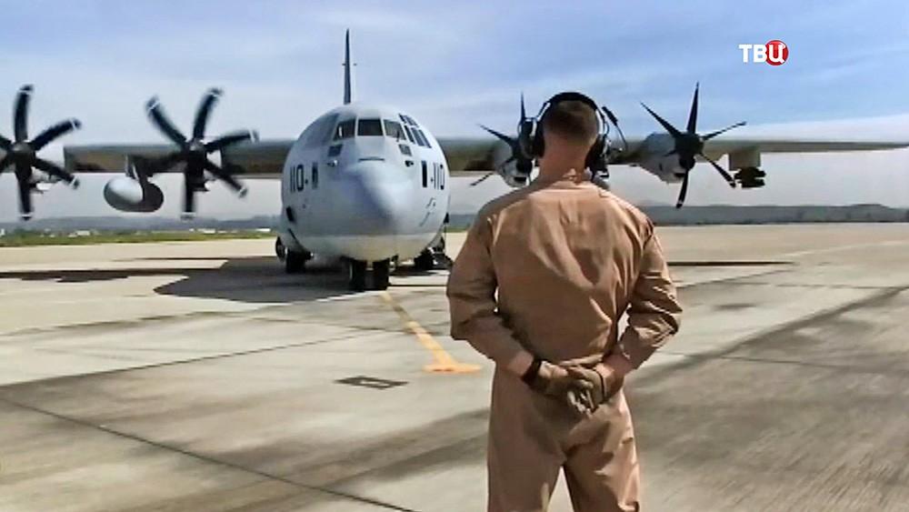 Военный самолет ВВС США