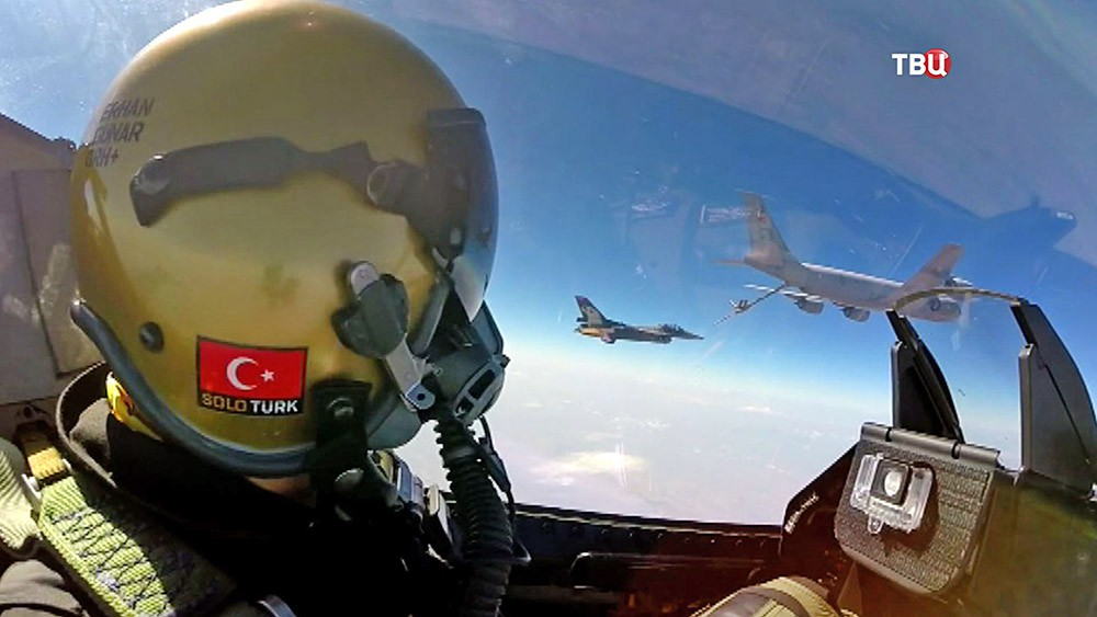 Пилот истребителя ВВС Турции