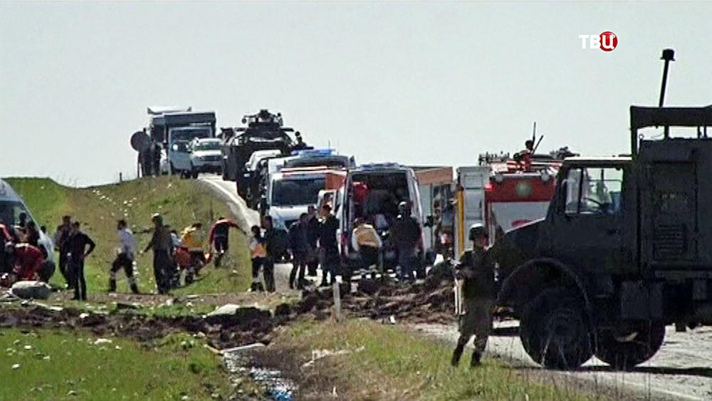 На месте подрыва военного конвоя в Турции