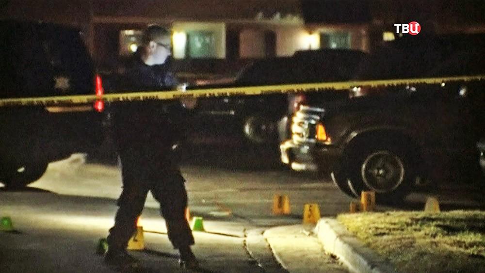 Полиция США на месте стрельбы