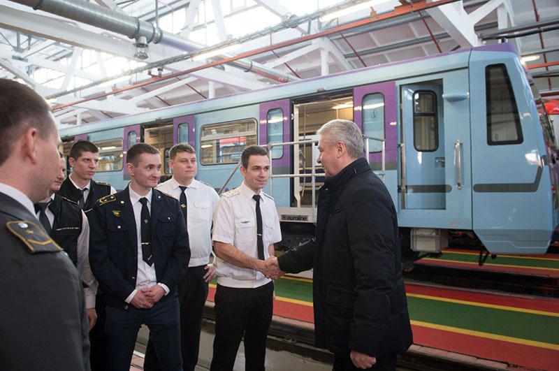 Сергей Собянин осматривает новый поезд