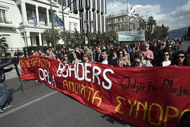 Митинг против мигрантов в Греции