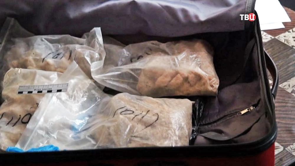 Изъятие синтетических наркотиков